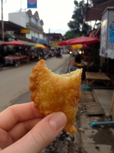 Curry Puffs, 3 for 20 Baht