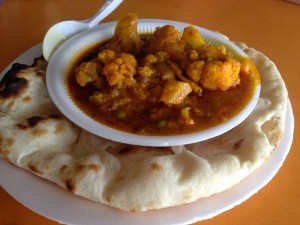 Aloo Ghobi and Plain Naan for S$4.