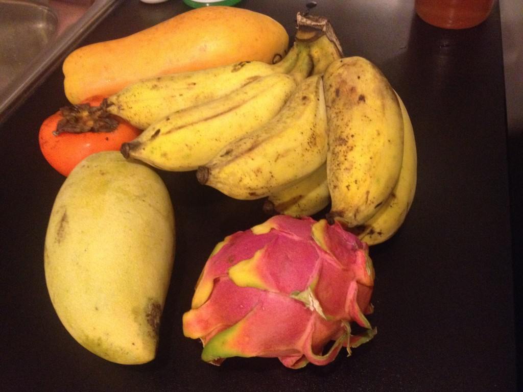 Papaya, Persimmon, Mango, Bananas, and Dragon Fruit.  YUM.