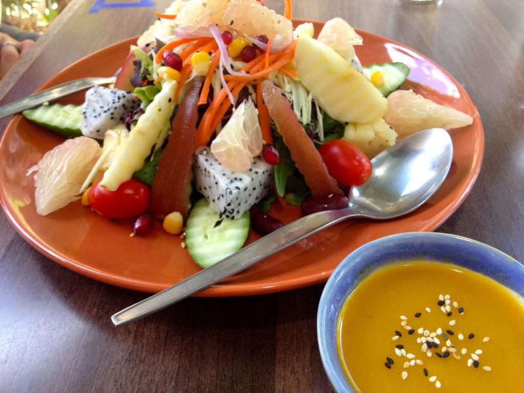 Salad Pak Polamai (70 Baht)