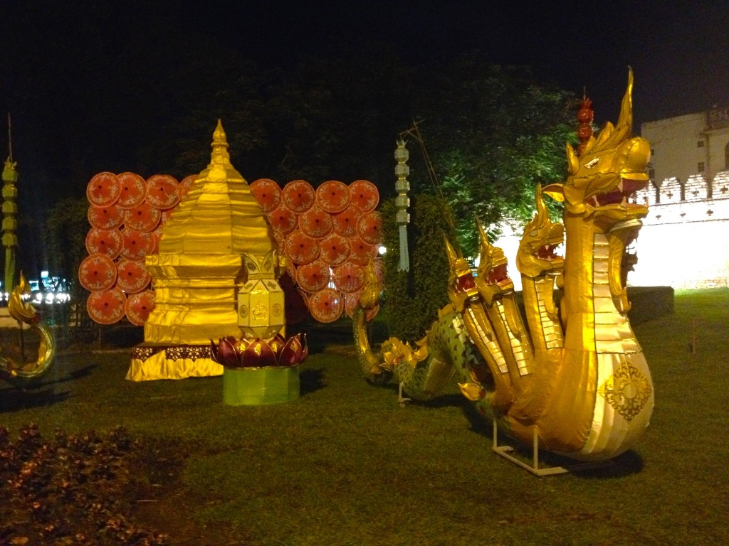Dragons at Suan Dok Gate, the Western entrance to the Old City