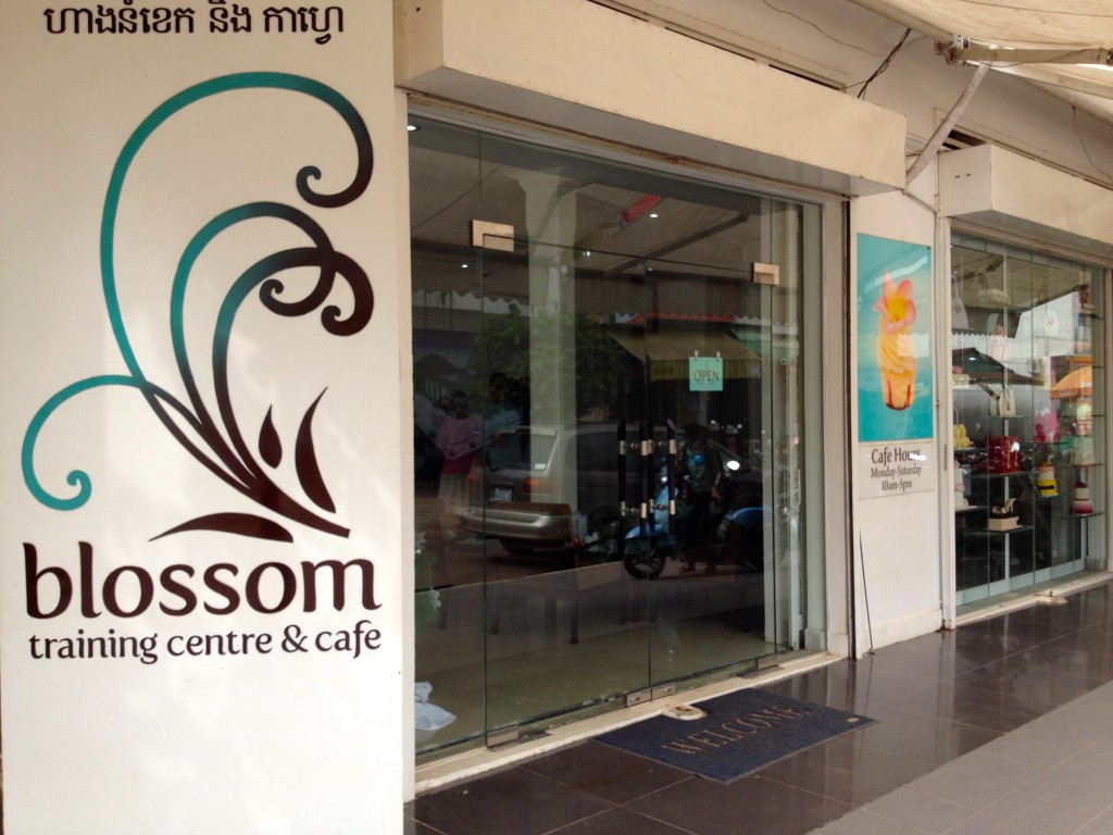 Blossom Cafe in Siem Reap. Good Cupcakes for a Good Cause.