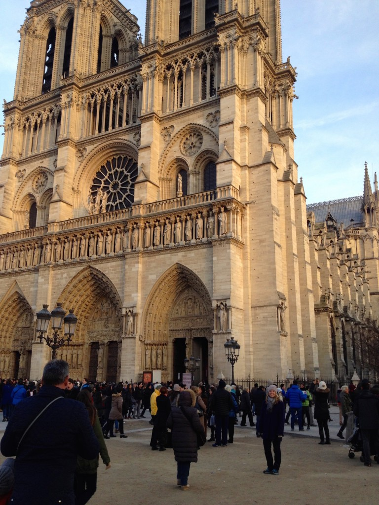 Can you find me in this photo with Notre Dame?