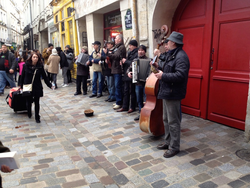 Great music on Sundays in the La Marais neighborhood!