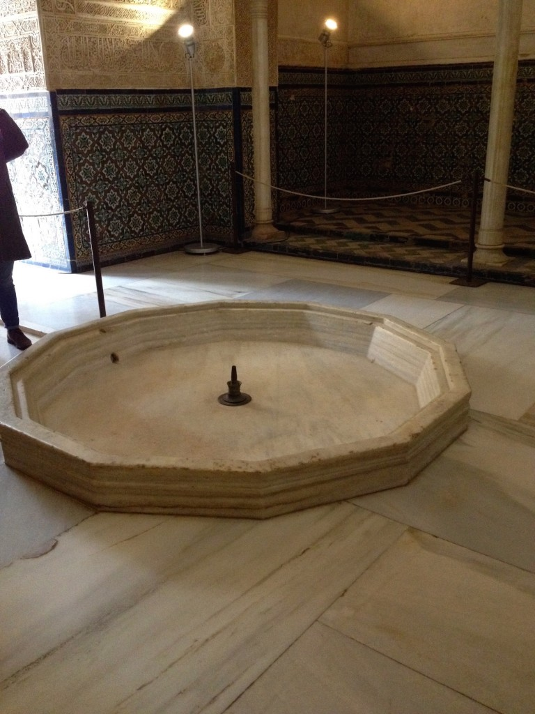 The fountain in the Hall of the Abencerrajes where the 36 heads were said to have been stacked.