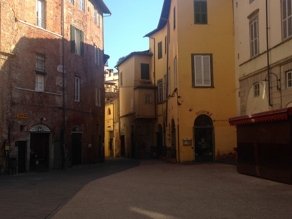 Cute winding streets in Lucca.