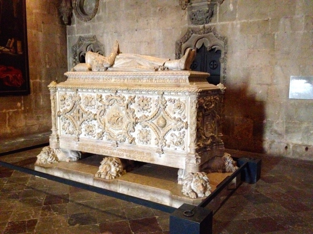 We saw the tomb holding Columbus' remains in Spain, now we get to see the tomb holding the remains of the famous Portugese explorer Vasco de Gama.