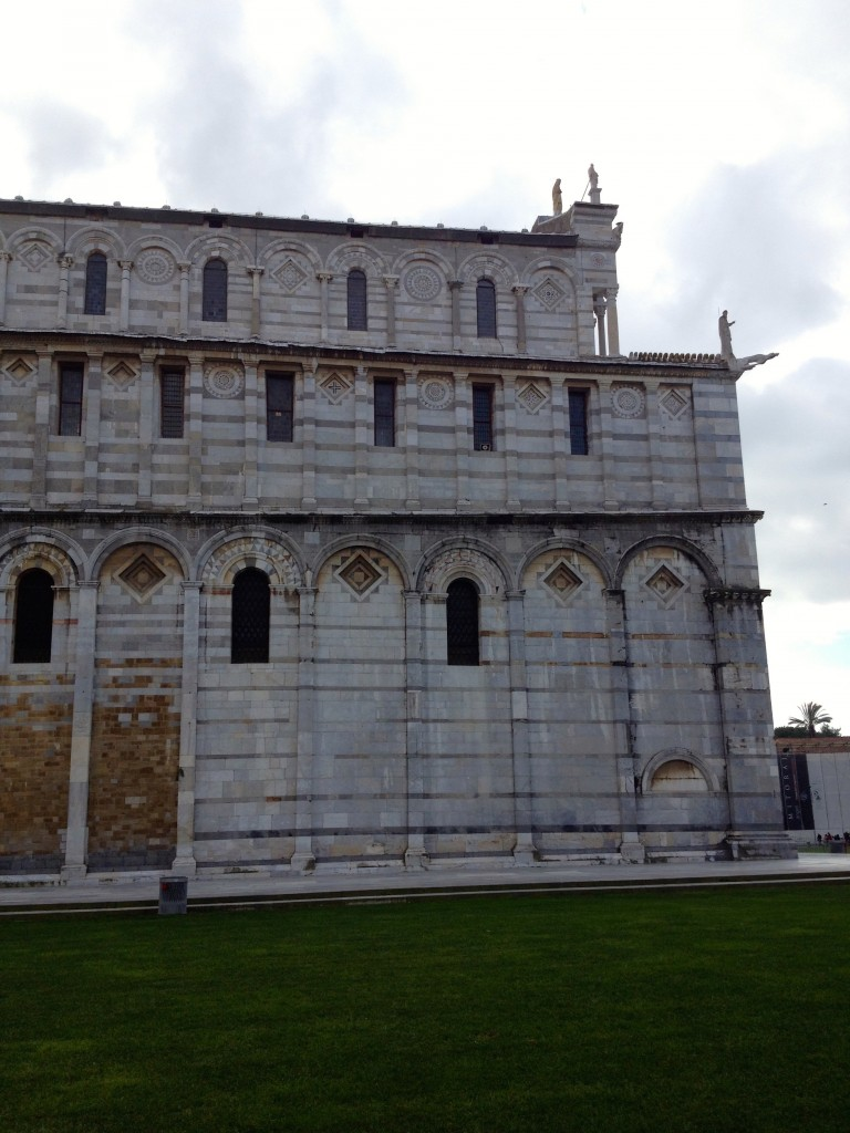 Can you see how asymmetrical the back of the Duomo is? Over the years, repairs have been made to correct leaning.