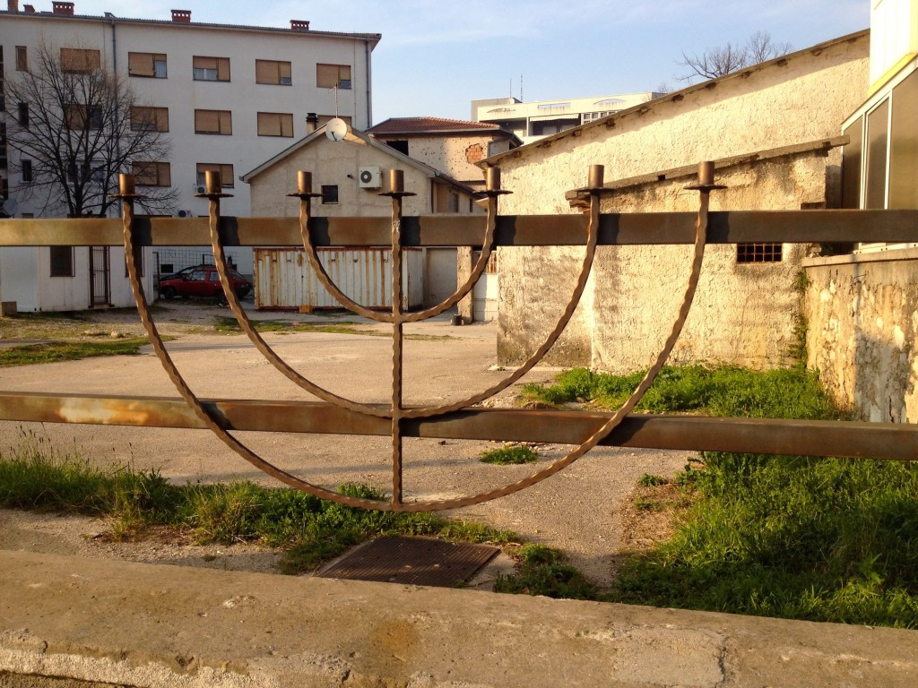 This fence marks the site that the city donated to Mostar's Jewish families so they could build a Synagogue. The land was donated in recognition of the courageous work they did during the war as aid workers and intermediaries between the Croats and Bosniaks.