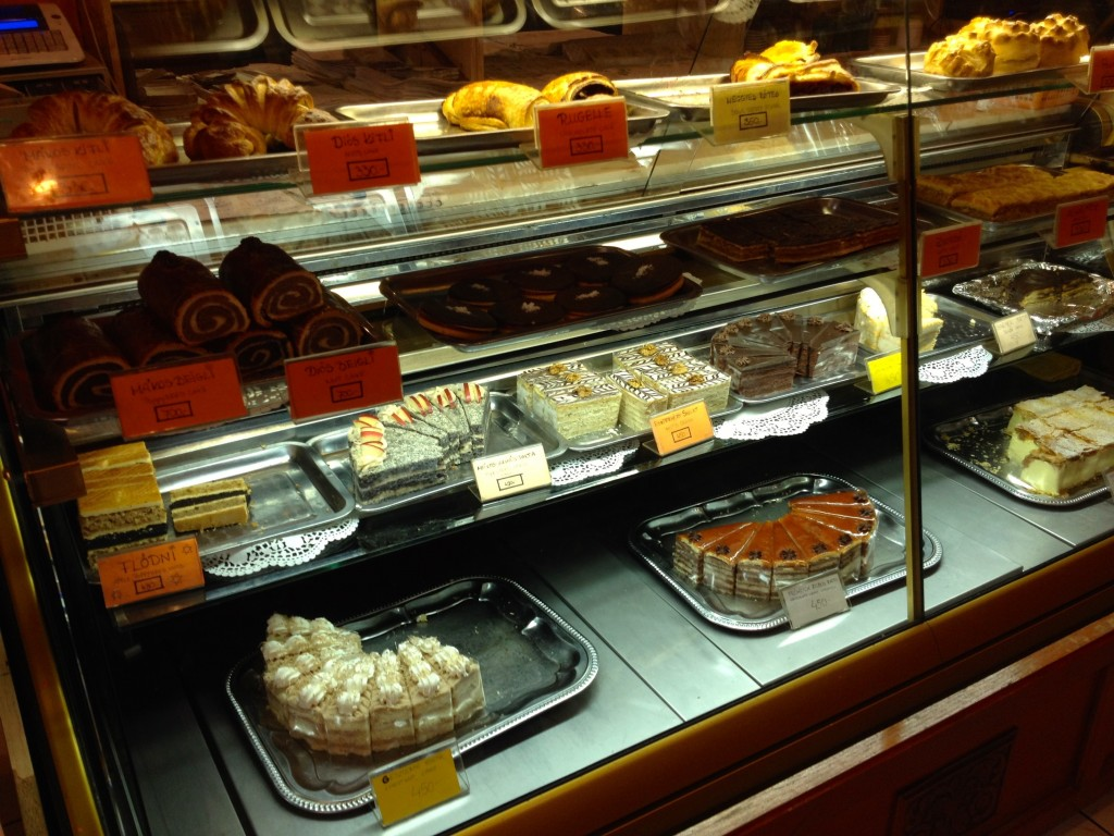 The cake selection at Fröhlich Cukrászda