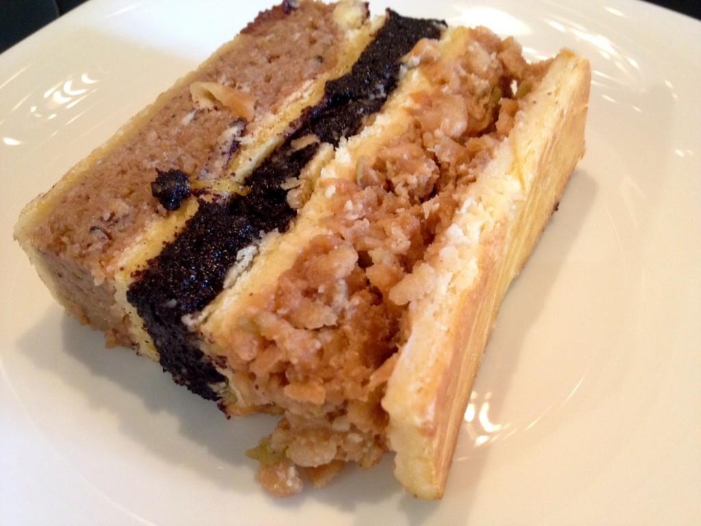 Flodni cake from Fröhlich Cukrászda.