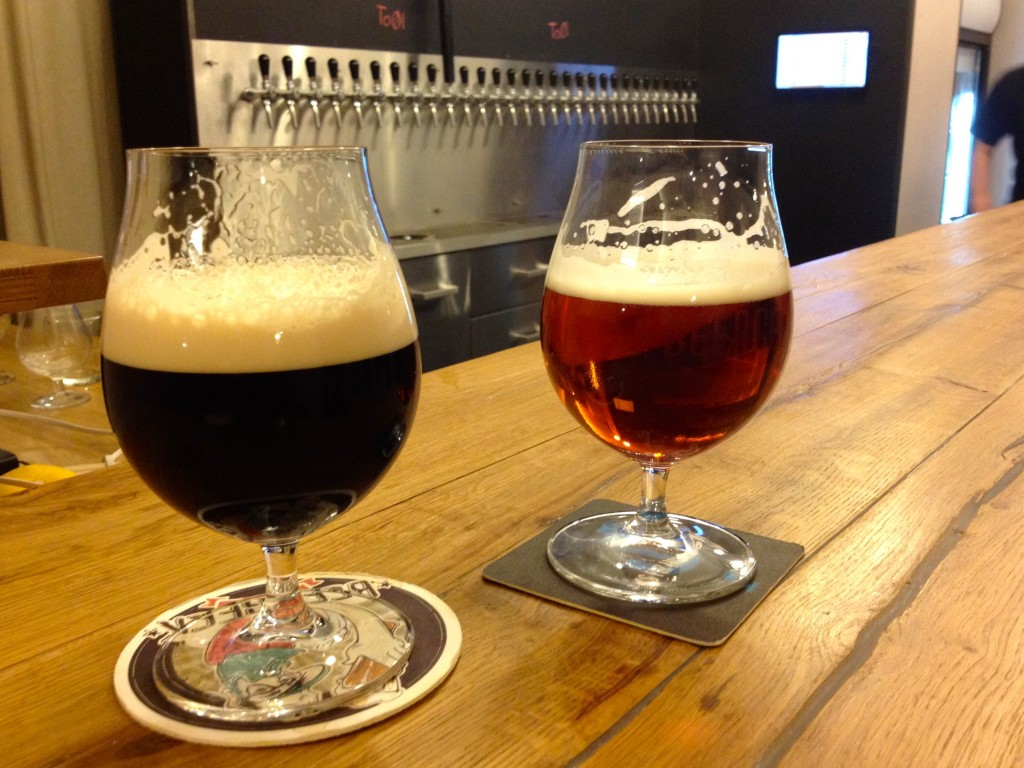 Round 2. Left: Matuška Čarodêj Black Ale. Right: Kynšpersky Zajic Polotmavy Ležâk.